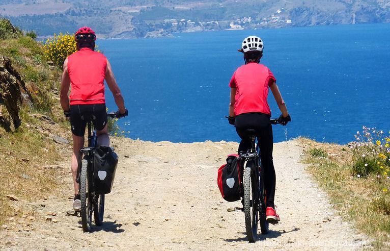 Cyclotourisme dans les Pyrénées - France et Espagne