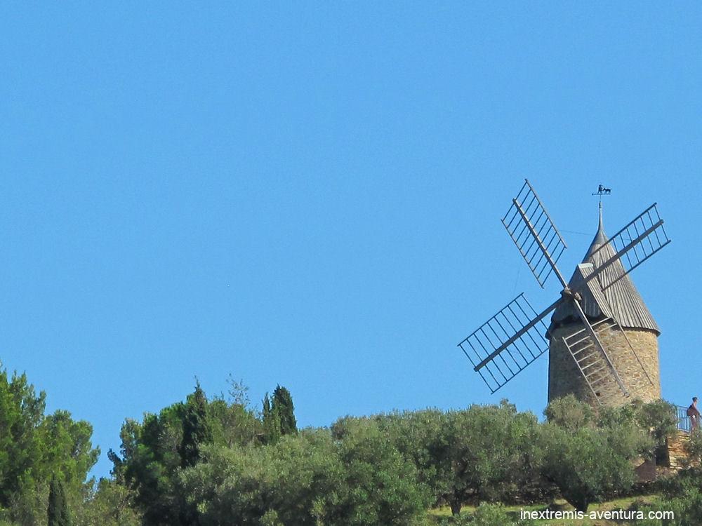 Rando Collioure Cadaquès en liberté - Moulin à vent de Collioure